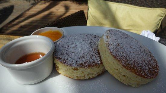 Deep Blue : Pancakes for breakfast