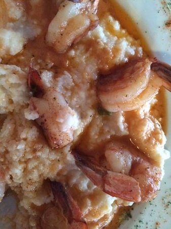 Magnolia Grill : Shrimp & Grits with perfect spices