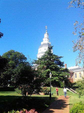 Annapolis Historic District : State House