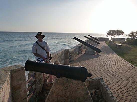Hilton Barbados Resort: View of the fortress
