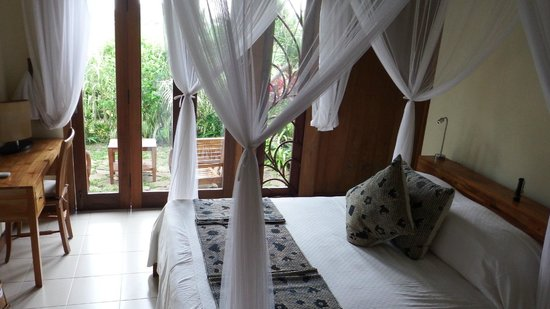 Umajati Retreat: Main bedroom