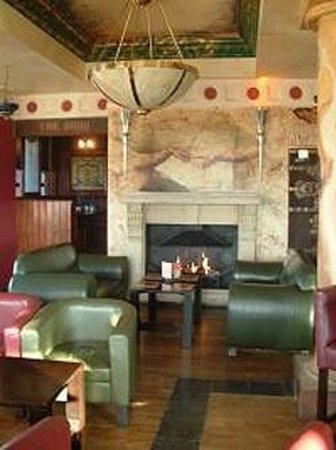 The Holyrood Hotel: Friendly atmosphere