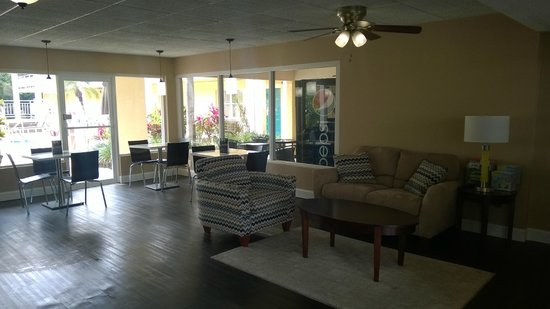 Super 8 Ellenton Bradenton Area : BreakFast Area