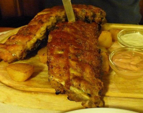 Pürstner: Huge portion of Pork Spare Ribs