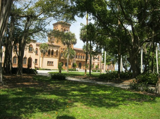 The Ringling: John & Mable Ringland Mansion