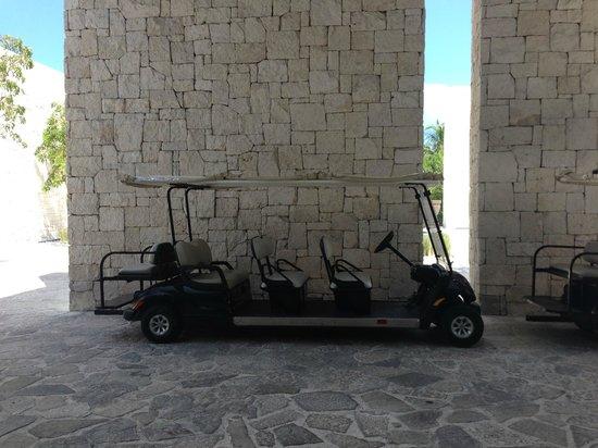 NIZUC Resort and Spa: Golf cart to take you around..plenty of carts around