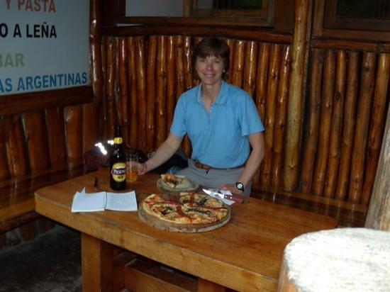 El Nomada : Avec la pizza de la casa