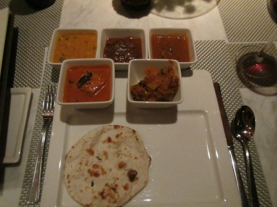 Masala Klub : The main courses were spicy and varied, all excellent
