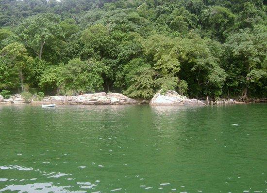 Itacurussa, RJ: olhem essa cor de agua