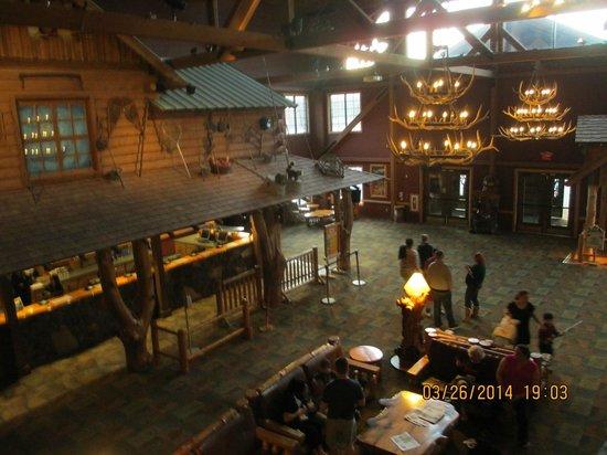 Great Wolf Lodge: MainLobby