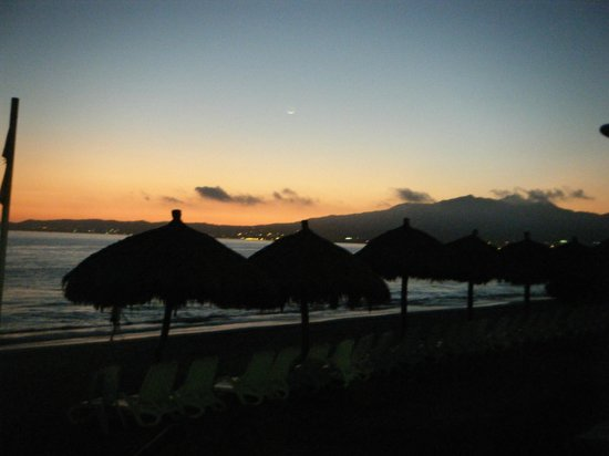 Royal Decameron Complex: sunset