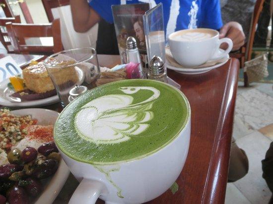 Urth Caffe: Tea