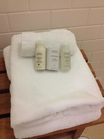 Hotel Indigo Columbus Downtown: Aveda products