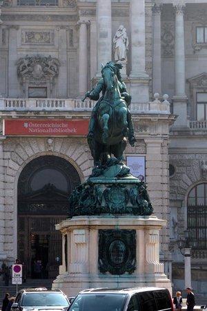 Prunksaal der Österreichischen Nationalbibliothek: Prince Eugene Statue in front of the Austrian National Library