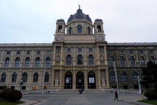 Muséum d'histoire naturelle de Vienne : Natural History Museum facade