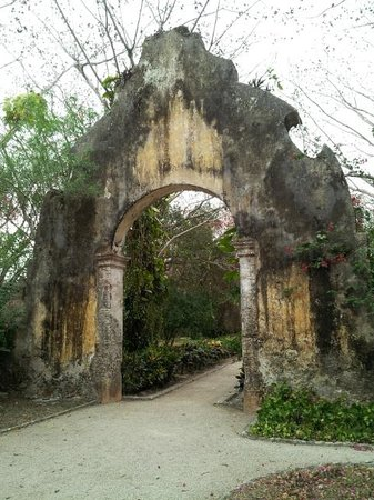 Hacienda San Jose, a Luxury Collection Hotel: Archway entering the grounds of Hacienda San Jose