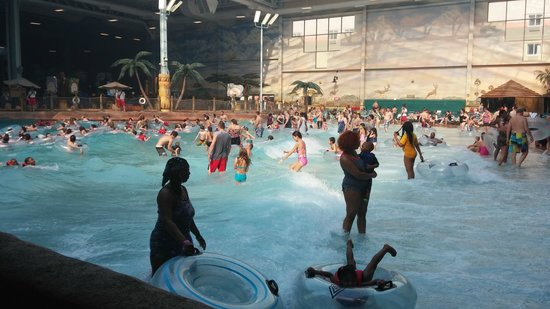 Kalahari Resorts & Conventions : wave pool