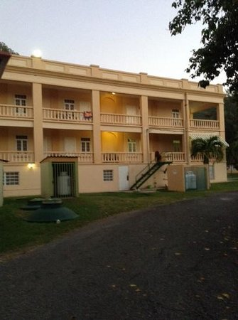 Hotel Parador Guanica 1929: back of the hotel! nice and clean