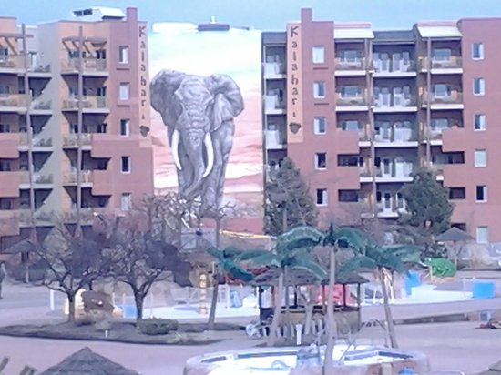Kalahari Resorts & Conventions: Awsome picture of our side of the hotel