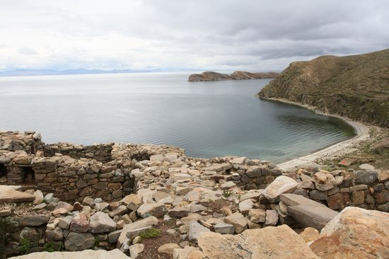 Isla del Sol: View from trail