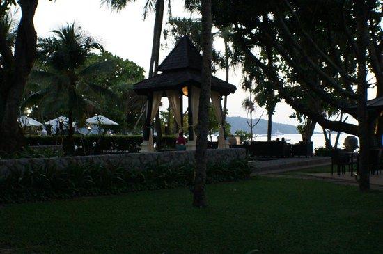 Impiana Resort Patong Phuket: Grounds
