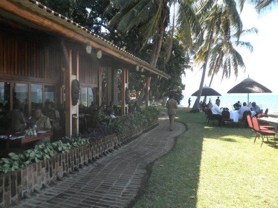 Sunbird Nkopola Lodge: restaurant where breakfast is served