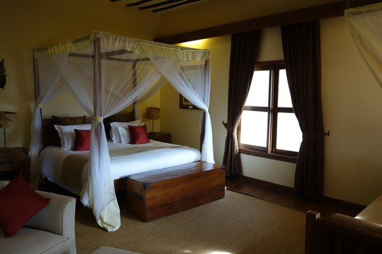 Neptune Ngorongoro Luxury Lodge: Bedroom