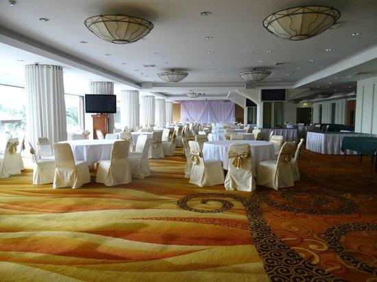 Ramada Plaza Bangkok Menam Riverside: Reception room