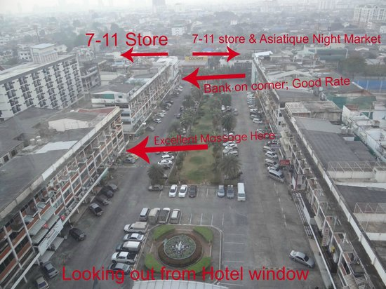 Ramada Plaza Bangkok Menam Riverside : Where things are located