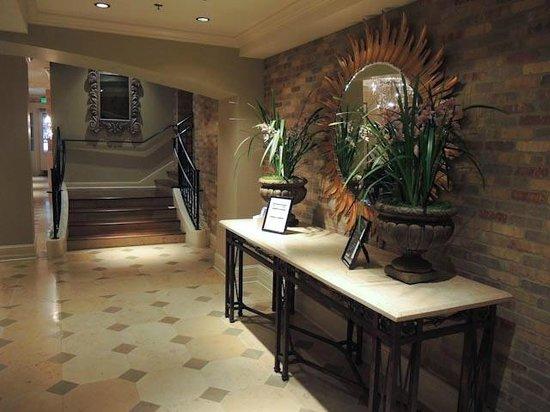 Hotel Ballard : Hotel Lobby