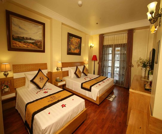 Hanoi Guest House: Deluxe Triple