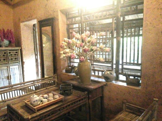 Thanh Chuong Viet Palace: Lotus