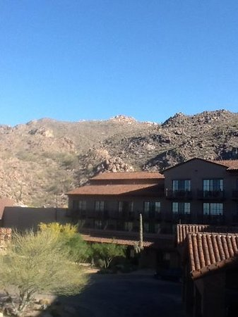 The Ritz-Carlton, Dove Mountain: desert mountains.