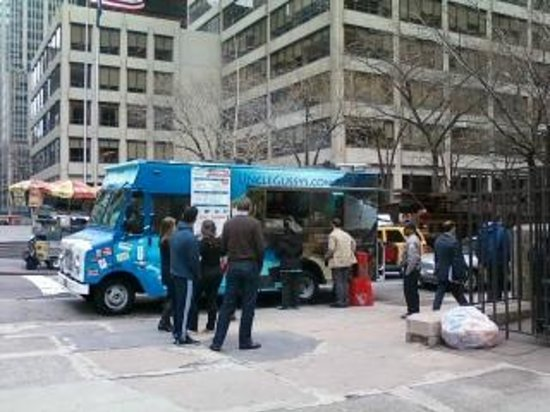 Uncle Gussy's: Uncle Gussy Greek food truck