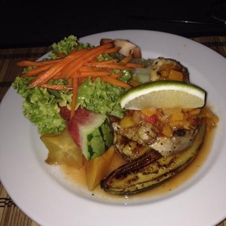 Kikau Hut Restaurant: Hauptspeise: Der Fisch des Tages