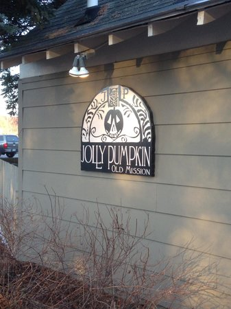 Jolly Pumpkin Old Mission: Sign outside
