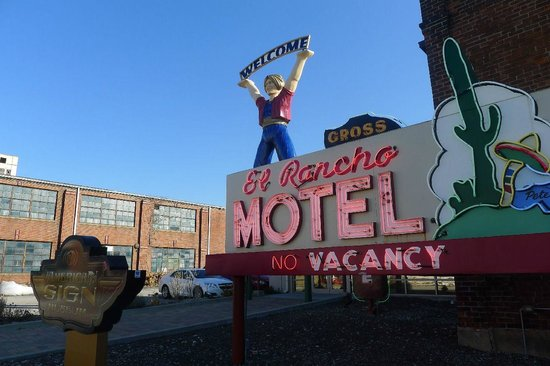 American Sign Museum: outside
