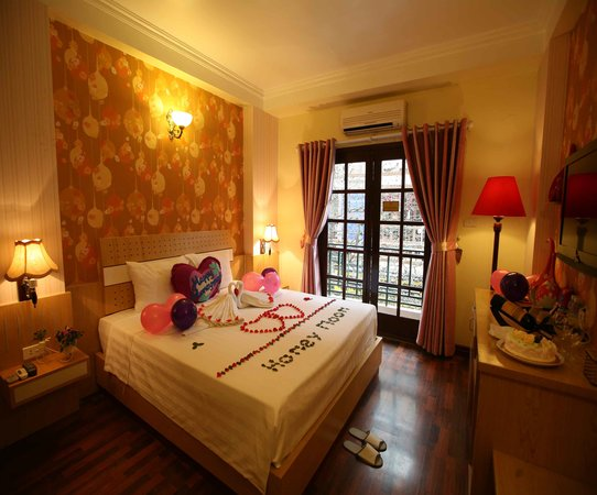 Hanoi Guest House: Deluxe doble
