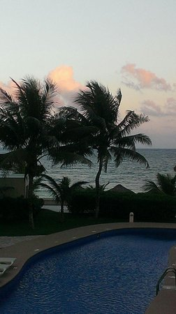Azul Beach Resort Sensatori Mexico : Sunset. So pretty.