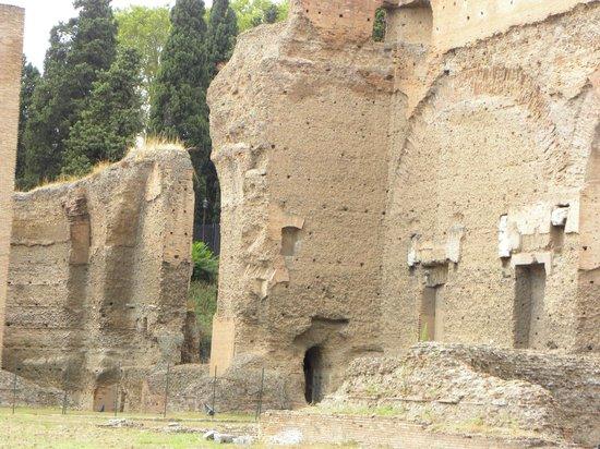 Thermes de Caracalla : Paredes laterales