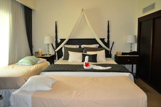 Dreams Palm Beach Punta Cana : Beds were nice and comfy.