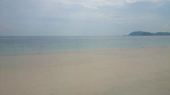 Nirwana Gardens - Banyu Biru Villa : Beautiful beach