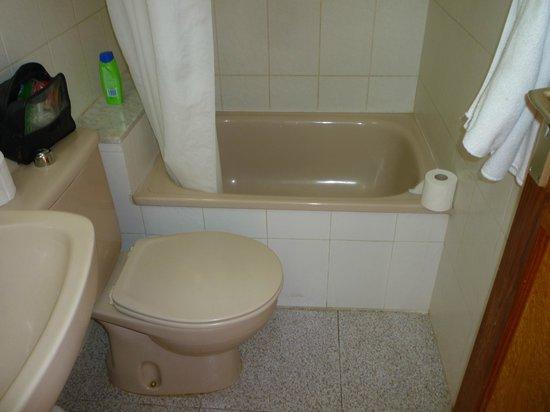 Sol Y Paz Apartments: Bath/Shower room