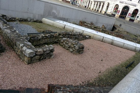 Römer Museum: Building foundations