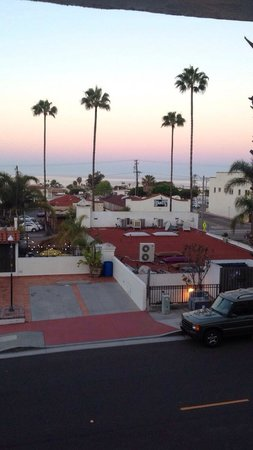 Holiday Inn San Clemente: View from 2nd floor hotel room