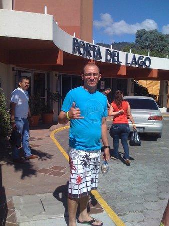 Porta Hotel Del Lago: bien...