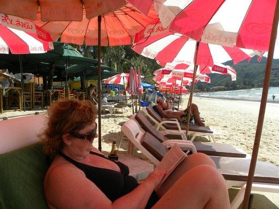 Kamala Beachfront Apartment: Book Time
