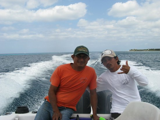 Albatros Charters - Private Charters: outstanding three-reef staff