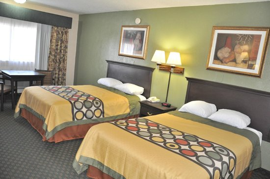 Super 8 Amarillo Central TX : Double Bed Guest Room