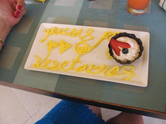 Ocean Spa Hotel: A farewell token from Juan de Dios